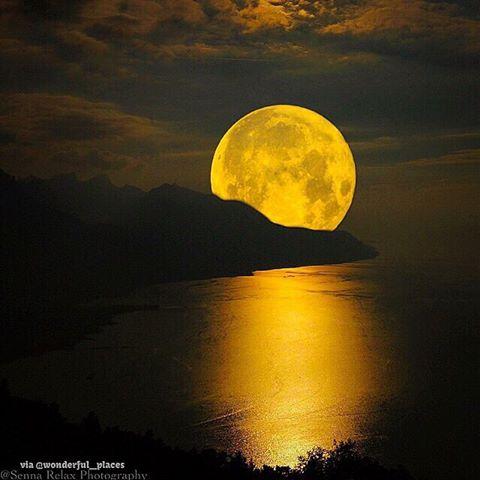 gargantual moon